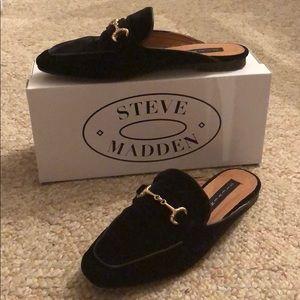 Black velvet Steven by Steve Madden mules